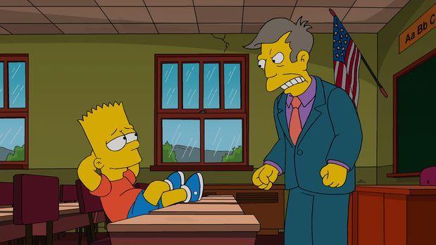Die Simpsons - Bekommt Ärger von Rektor Skinner (r.), weil er ein Gerücht in...