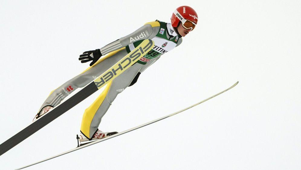 Richard Freitag liegt in Lillehammer auf Platz vier - Bildquelle: AFPSIDRONI REKOMAA