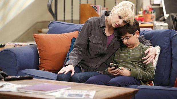 Der unerwartete Tod in der Familie trifft Christy (Anna Faris, l.) und Roscoe...