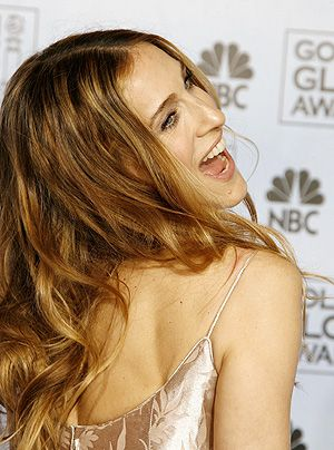 Fröhlich, lächelnd und selbstbewusst. Das ist Sarah Jessica Parker. - Bildquelle: getty AFP