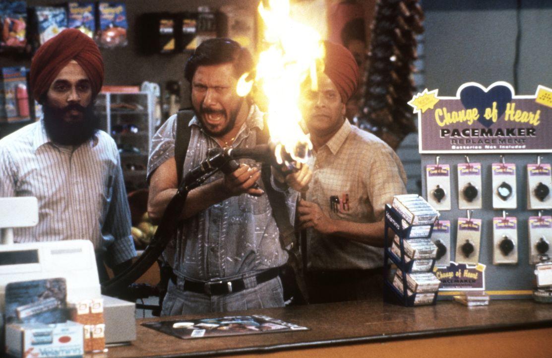 Der Fall könnte für die Super-Cops Wes Luger und Jack Colt brenzlig werden, denn die Gangster sind alles andere als cool ... - Bildquelle: Warner Brothers