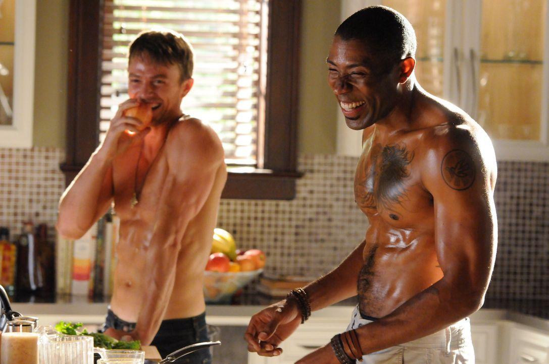 Wade Kinsella und Lavon Hayes - Bildquelle: Warner Bros. Entertainment Inc.