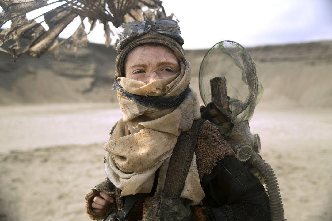 Zoran (Finn Wolfhard) sollte eigentlich nicht leben, wenn es nach den Gesetzen seines Volkes geht ... - Bildquelle: 2014 Warner Brothers