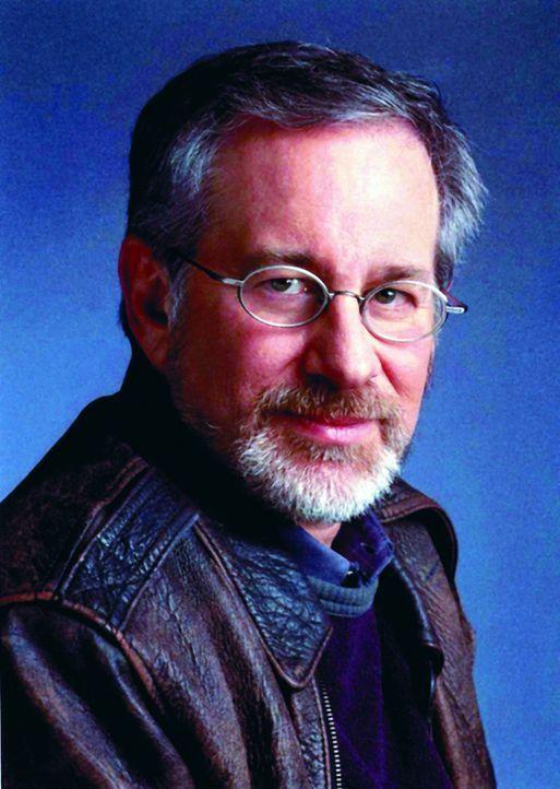 """Steven Spielbergs Begeisterung für Außerirdische schlägt sich in der aufwändig produzierten zehnteiligen Saga """"Taken"""" nieder, für die er 2003 u... - Bildquelle: TM &   DREAMWORKS LLC.All Rights Reserved"""