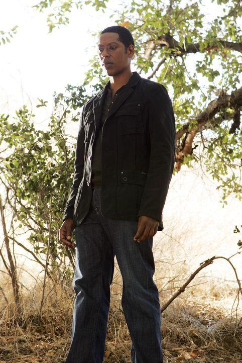 Casey (Orlando Jones) behauptet, im Kontakt zu den Geistern zu stehen und mit ihrer Hilfe drängende Fragen beantworten zu können ... - Bildquelle: ABC Studios
