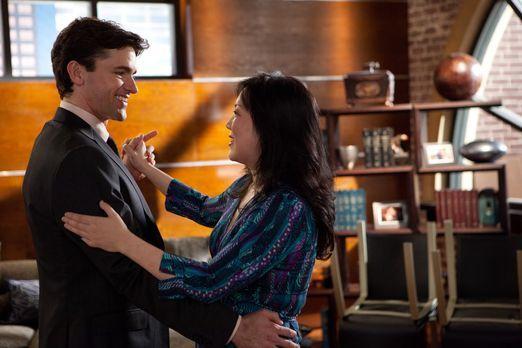 Drop Dead Diva - Kurz vor der Hochzeit gibt Teri (Margaret Cho, r.) Grayson (...