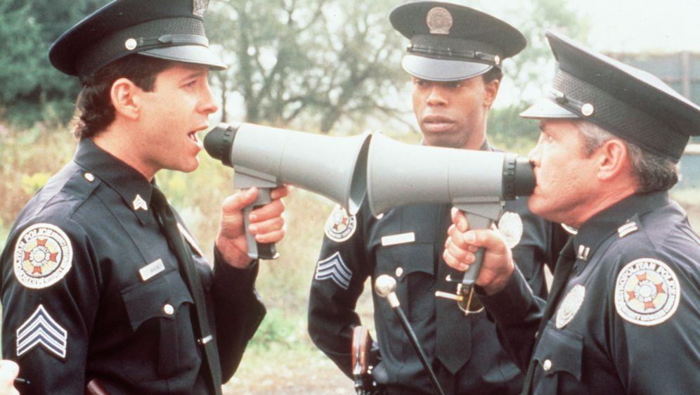 Police Academy IV - ... und jetzt geht's rund - Bildquelle: Warner Bros.