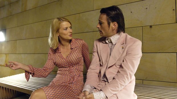 Immer wieder sucht Andrea (Doreen Jacobi, l.) Rat bei ihrem besten Freund Tom...