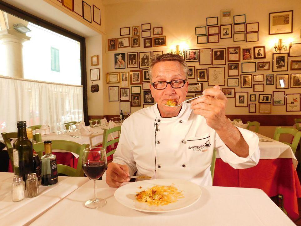 Dirk Hoffmann reist nach Rom, denn dort will er das Geheimnis der perfekten Spaghetti Carbonara lüften. - Bildquelle: kabel eins