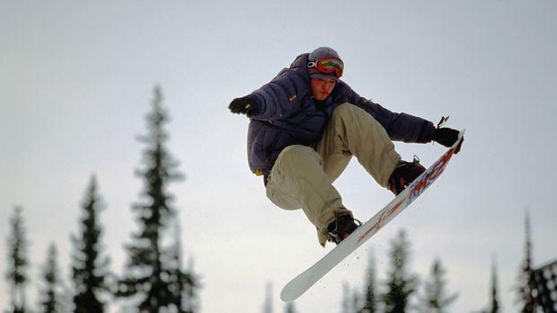 Seit langem träumt die Snowboarder-Clique um Rick (Jason London), in einem ve...