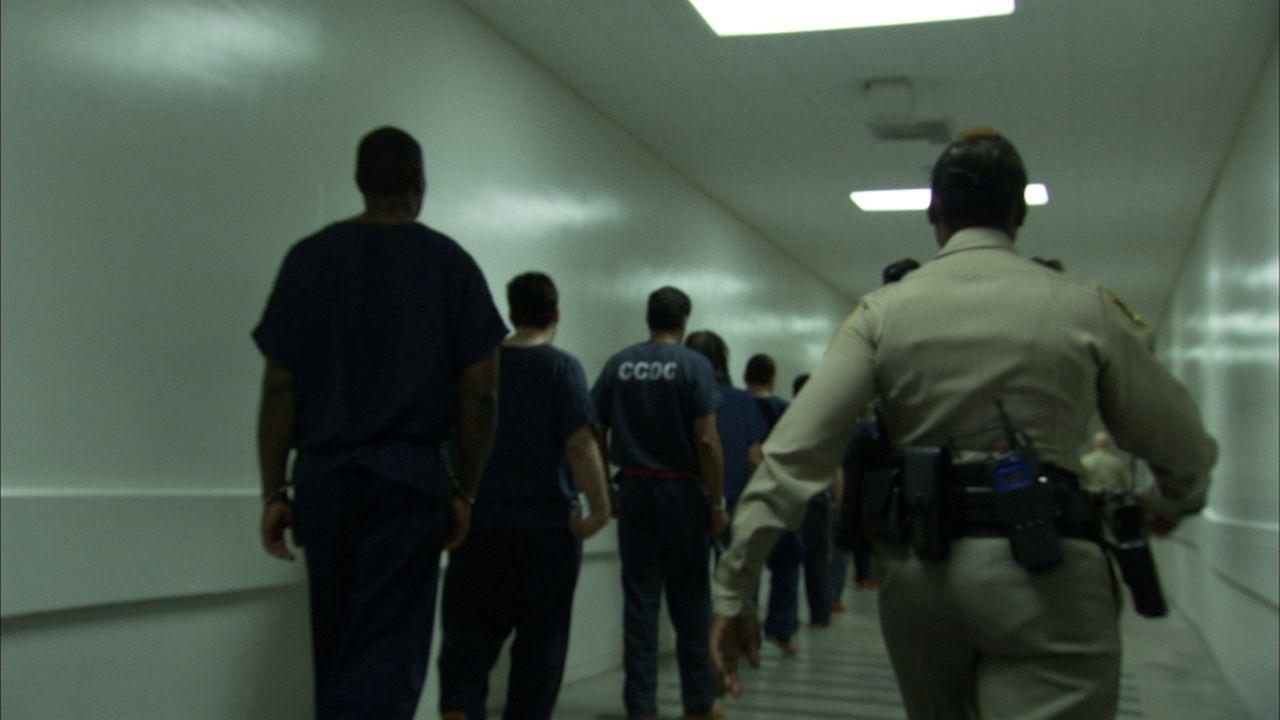 Ein aus der Reihe tanzen wird von den Gefängniswärtern Clark County Detention Center in Las Vegas rigoros bestraft ... - Bildquelle: James Peterson Part2 Pictures