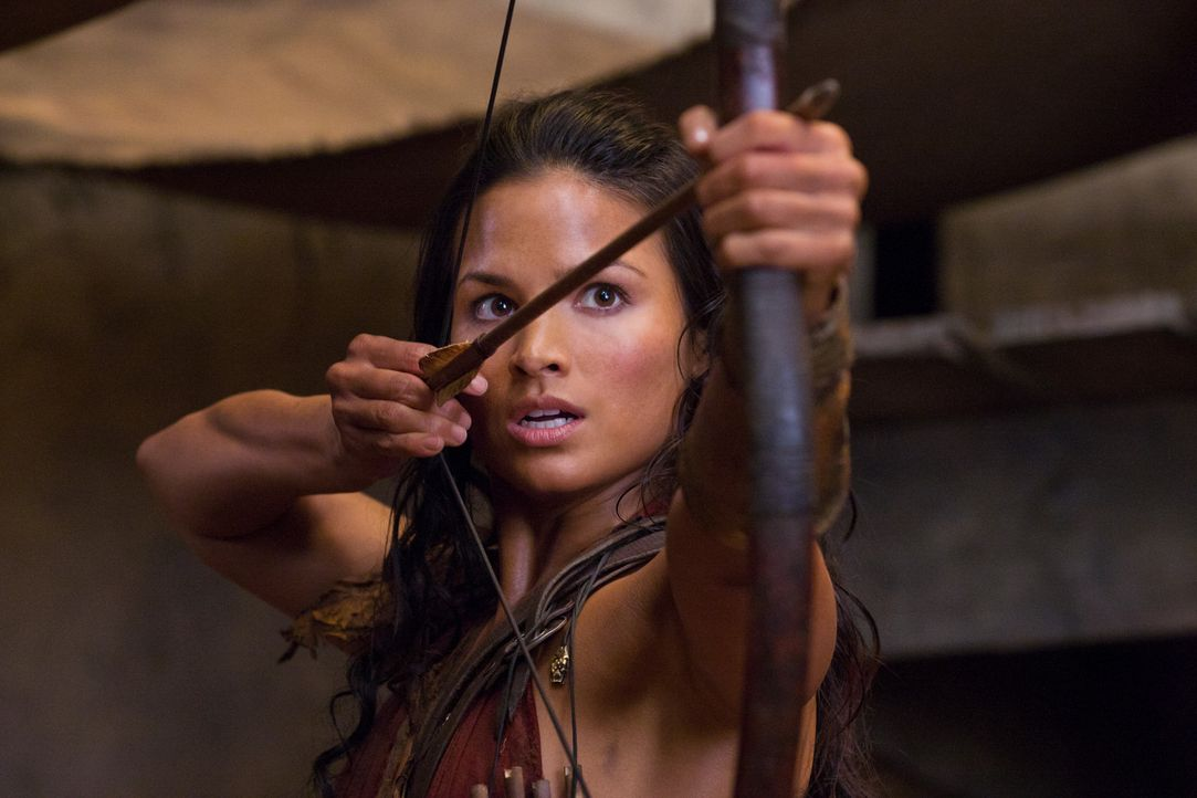 Hegt mörderische Gedanken gegenüber Ilithyia: Mira (Katrina Law) ... - Bildquelle: 2011 Starz Entertainment, LLC. All rights reserved.