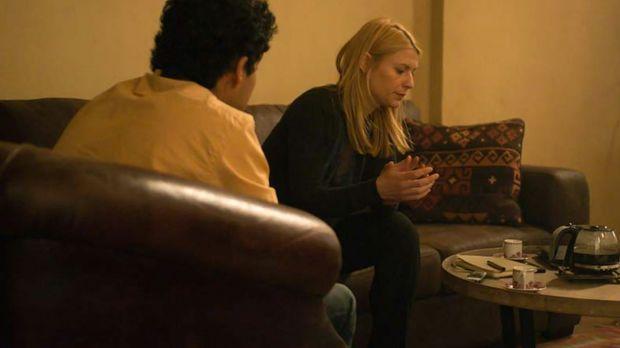 Während Quinn und Fara der Spur zu Haqqani folgen, versucht Carrie (Claire Da...