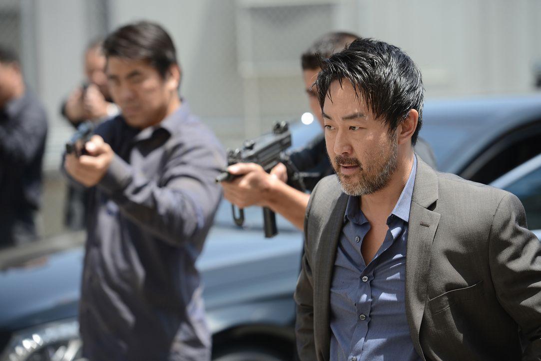 Das Rachemassaker war Lin (Kenneth Choi) nicht genug. Er will Jax tot sehen ... - Bildquelle: Prashant Gupta 2013 Twentieth Century Fox Film Corporation and Bluebush Productions, LLC. All rights reserved.