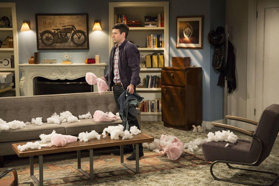 Völlig fassungslos muss Justin (Brent Morin) sehen, was Danny mit seinem Teddybären angestellt hat ... - Bildquelle: Warner Brothers