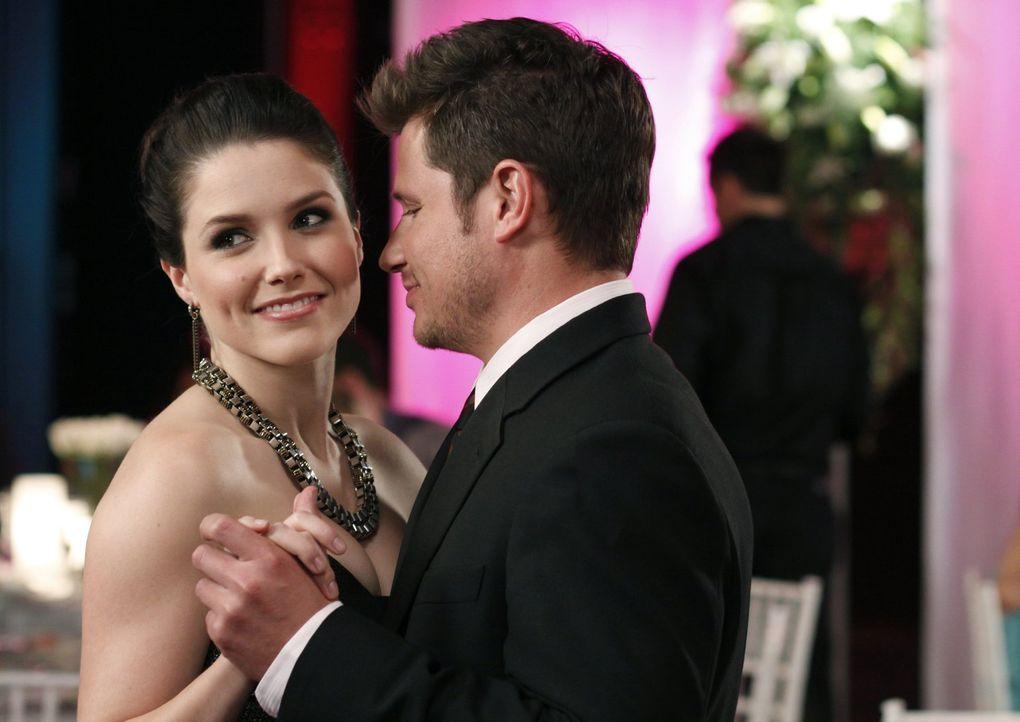 Schnell erkennt Nick Lachey (Nick Lachey, r.), dass er für Brooke (Sophia Bush, l.) nur die zweite Wahl ist ... - Bildquelle: Warner Bros. Pictures