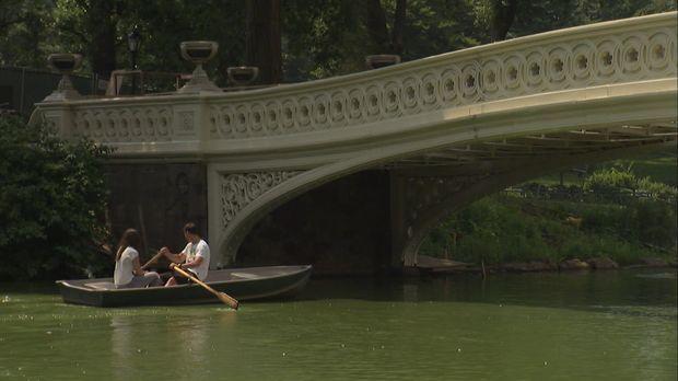 New Yorks Central Park bietet viel mehr als romantisches Bootfahren, Live Mus...