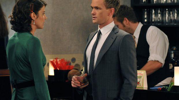 Stehen vor einer schwierigen Entscheidung: Barney (Neil Patrick Harris, r.) u...