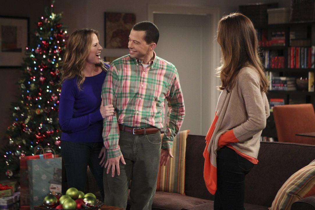 Als Alan (Jon Cryer, M.) Paulas (Paula Marshall, r.) Ex-Frau Rachel (Diane Farr, l.) kennenlernt, nimmt das Verhängnis seinen Lauf ... - Bildquelle: Warner Brothers