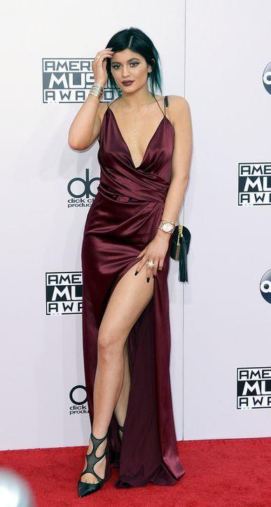 AMAs-Kylie-Jenner-14-11-23-dpa - Bildquelle: dpa