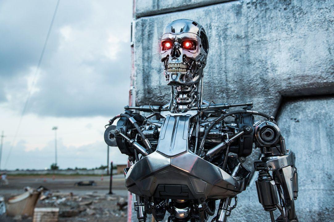 Die Terminatoren sind dazu programmiert worden, kaltblütige Killermaschinen zu sein. Die Gesamte Existenz der Menschheit steht auf dem Spiel ... - Bildquelle: 2015 PARAMOUNT PICTURES. ALL RIGHTS RESERVED.