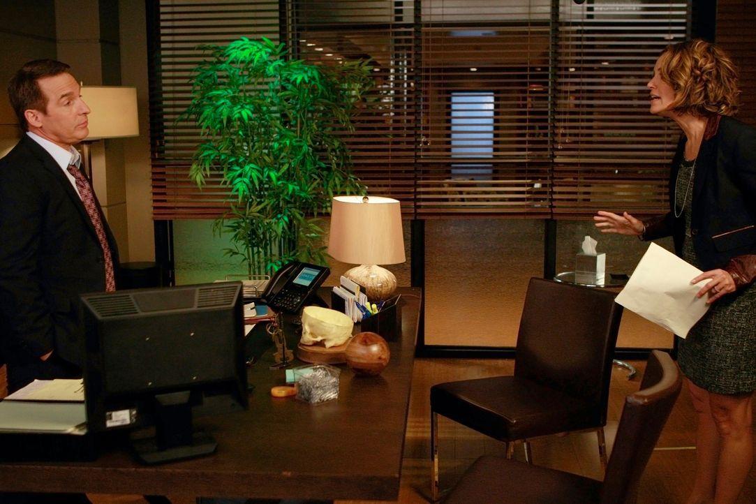 Ahnen noch nicht, wie schlecht es Amelia wirklich geht: Sheldon (Brian Benben, l.) und Violet (Amy Brenneman, r.) ... - Bildquelle: ABC Studios
