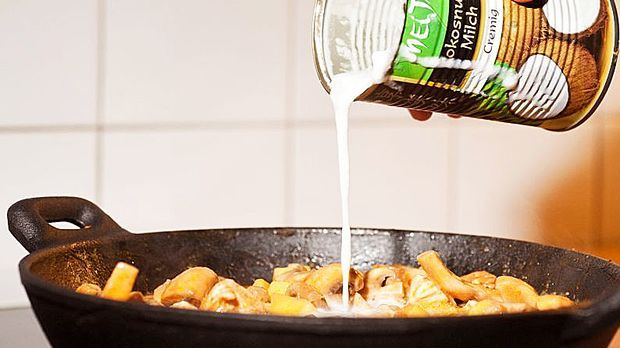 Zubereitung von Leberkäs-Curry