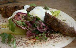Gegrilltes Lamm-Kebab