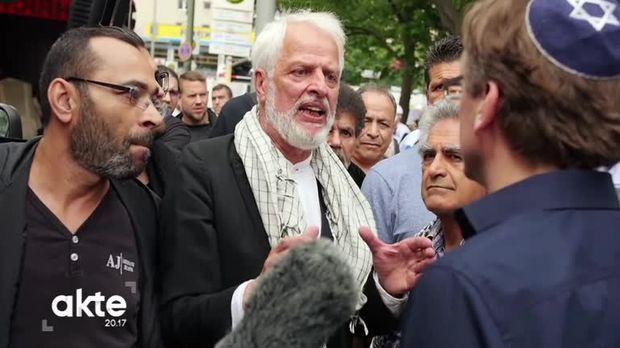 AKTE - Mit der Kippa durch Berlin - 24 Stunden als Jude