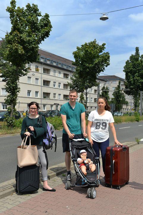 (v.l.n.r.) Victoria Fuchs; Simon Walker; Magdalena Scholz; Daniel Scholz (vorne) - Bildquelle: Ben Pakalski SAT.1 / Ben Pakalski