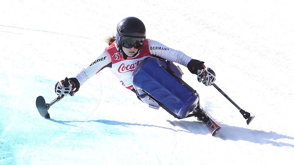 Anna Schaffelhuber liegt erneut auf Goldkurs - Bildquelle: AFPSID