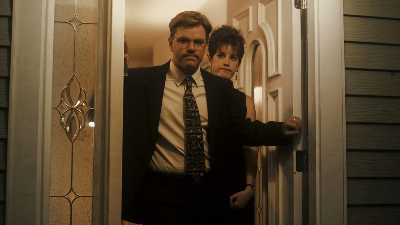 Tut ihrem Ehemann Mark (Matt Damon, l.) einen Bärendienst: Ginger Whitacre (Melanie Lynskey, r.) ... - Bildquelle: Warner Bros. Pictures