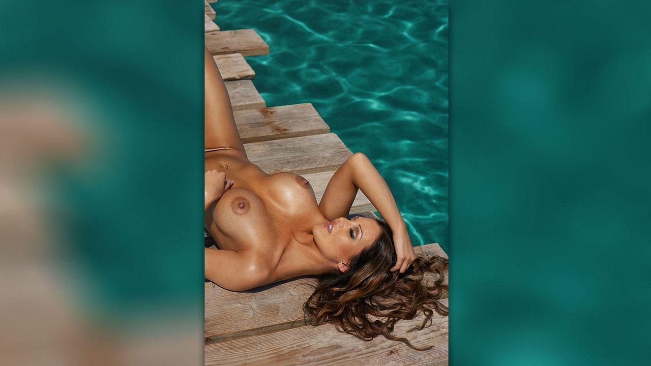 Helen de Muro - Bildquelle: Florian Lohmann für Playboy 2/2013