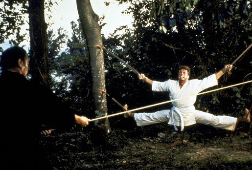 Bloodsport - Der Amerikaner Frank Dux (Jean-Claude van Damme, r.) ist Geheima...