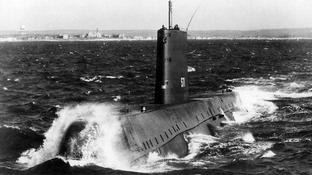Die USS Nautilus (SSN-571) ist ein US-amerikanisches U-Boot und war das erste...