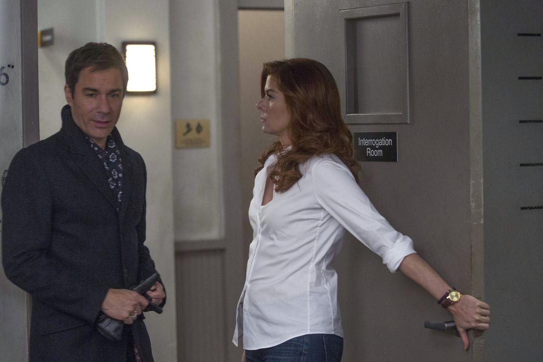 Bei den Ermittlungen muss sich Laura (Debra Messing, r.) mit ihrem ehemaligen Verlobten (Eric McCormack, l.) auseinandersetzten ... - Bildquelle: Warner Bros. Entertainment, Inc.
