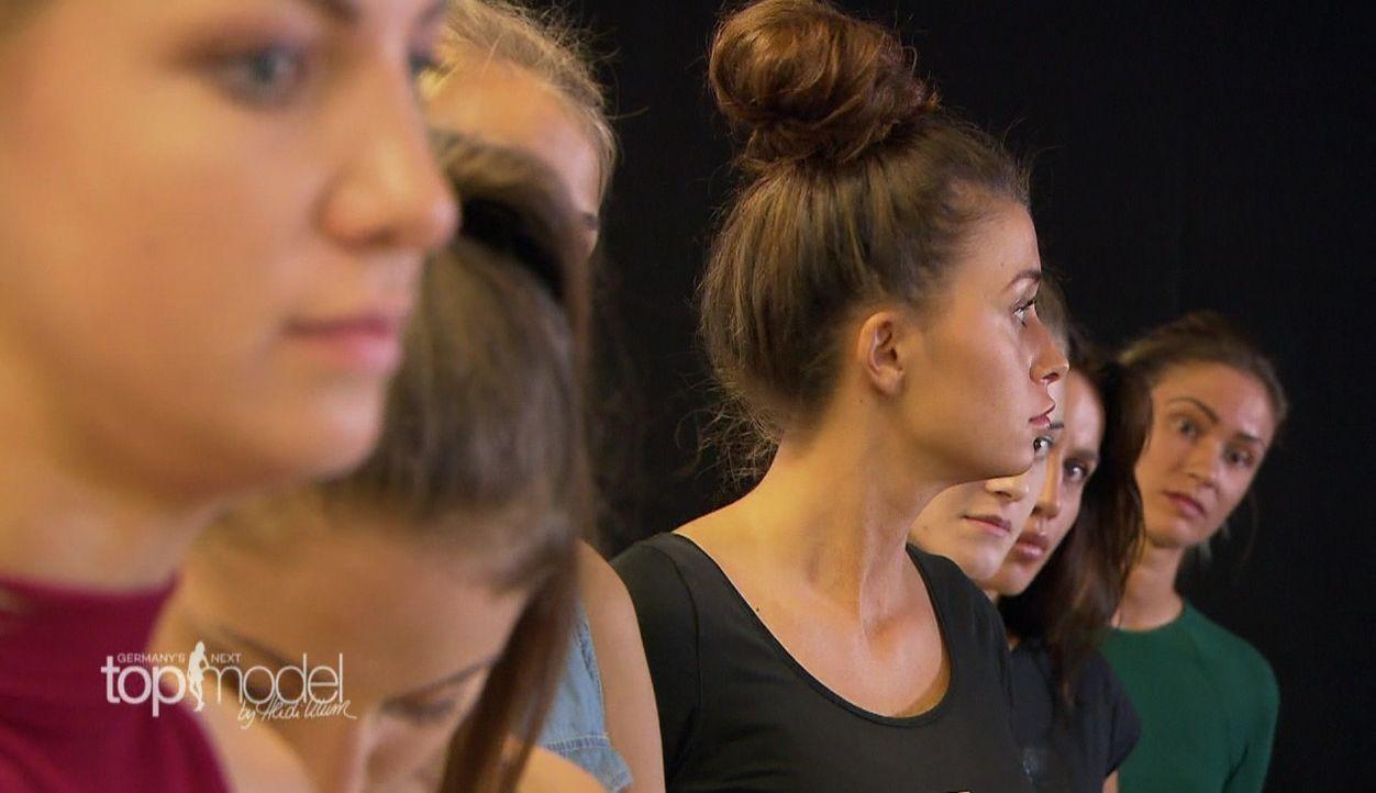 GNTM-S12-Sendung01-Casting-Muenchen12 - Bildquelle: ProSieben