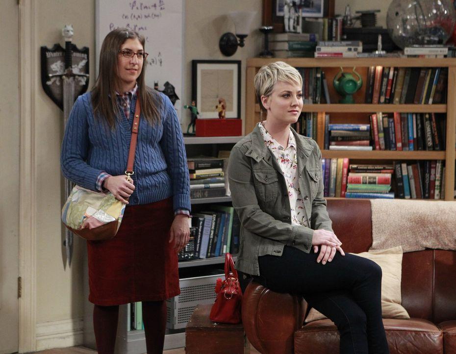 Dürfen einen Ausflug mit Leonard und Sheldon planen, doch leider fällt ihnen nichts ein: Penny (Kaley Cuoco, r.) und Amy (Mayim Bialik, l.) ... - Bildquelle: Warner Bros. Television
