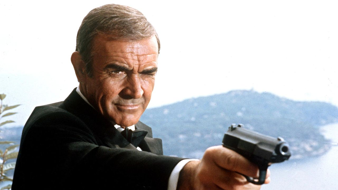"Sean Connery in ""James Bond"" - Bildquelle: dpa"