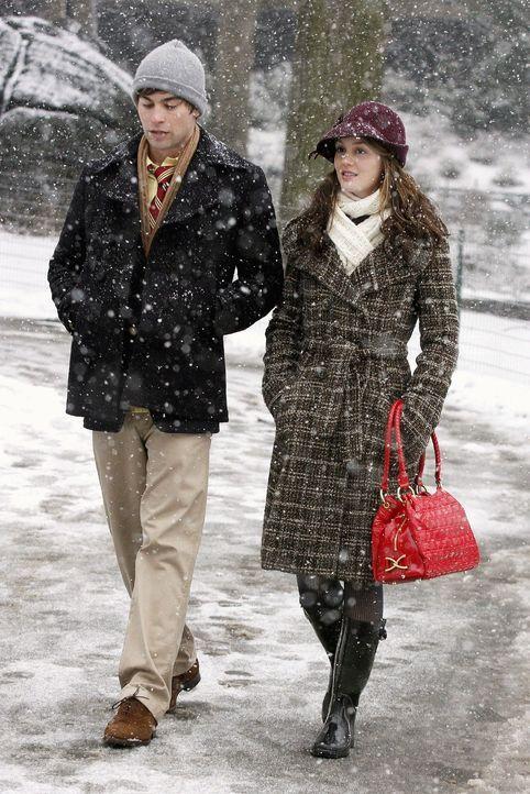 Zum Leidwesen von Chuck und Vanessa verbringen Nate (Chace Crawford, l.) und Blair (Leighton Meester, r.) viel Zeit miteinander ... - Bildquelle: Warner Brothers