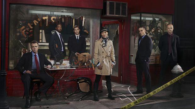 (1. Staffel) - Jane Timoney (Maria Bello, 3.v.r.) hat es nicht leicht, sich g...