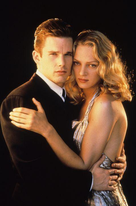 Auch ohne Validitäts-Zeugnis glücklich: Vincent (Ethan Hawke, l.) und Irene (Uma Thurman, r.)... - Bildquelle: Columbia Pictures