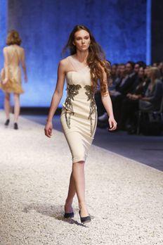 GNTM-Stf10-Epi03-Fashionshow-59-ProSieben-Richard-Huebner - Bildquelle: ProSi...