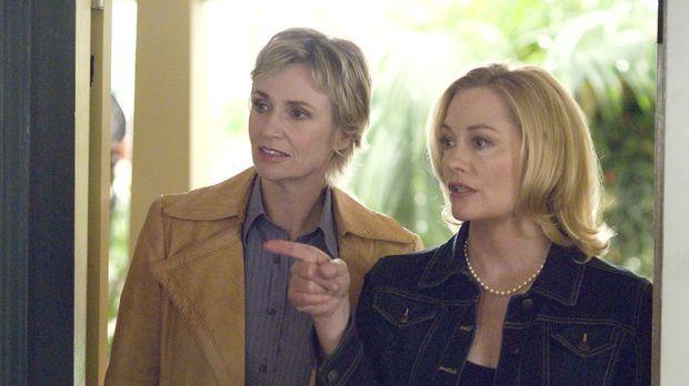 Phyllis (Cybill Shepherd, r.) will sich nun endlich von Leonard scheiden lass...
