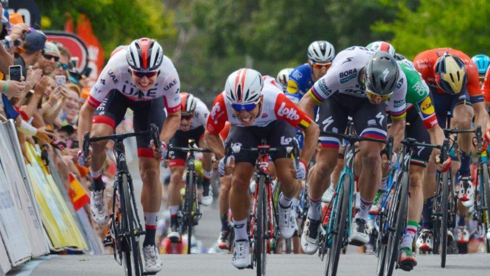 Philipsen (l.) gewinnt die 5. Etappe der Tour Down Under - Bildquelle: AFPAFP