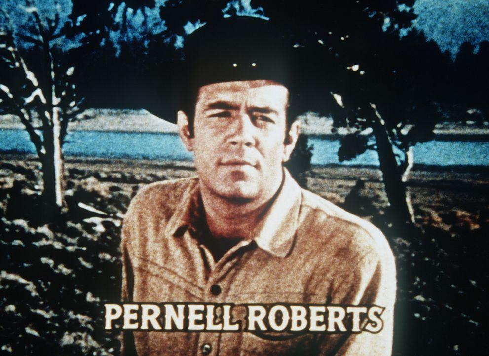Adam Cartwright (Pernell Roberts) ist der älteste Sohn von Ben Cartwright. - Bildquelle: Paramount Pictures