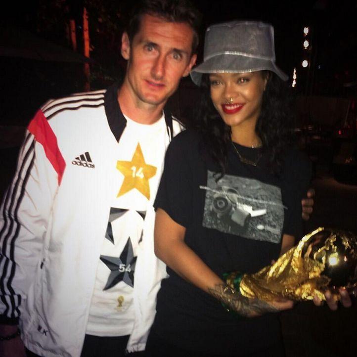 Rihanna: TOP 10 Twitter-Bilder zum WM-Sieg-2014 - Platz 5 - Bildquelle: Twitter (rihanna)
