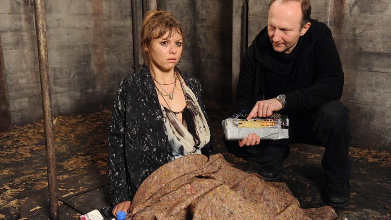 Anna-und-die-Liebe-Folge-727-02-Sat1-Claudius-Pflug - Bildquelle: SAT.1/Claudius Pflug