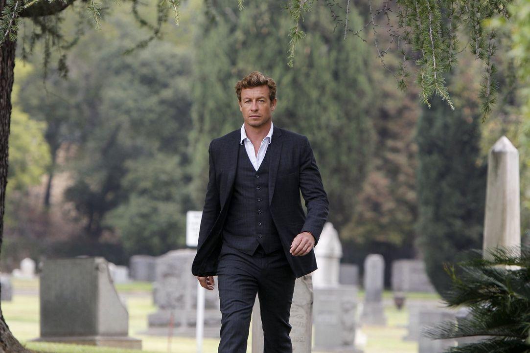 Patrick Jane (Simon Baker) steht endlich dem wahren Red John gegenüber - dem Serienmörder, den er verfolgt, seit der Wahnsinnige seine Frau und Toch... - Bildquelle: Warner Bros. Television