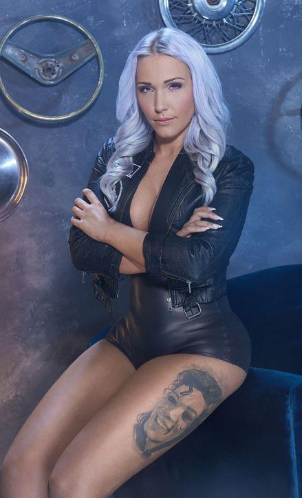 """Neu bei den Trucker Babes: Sabrina Reiter - """"Die PS-Prinzessin"""" - Bildquelle: kabel eins / Martin Saumweber"""